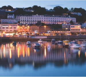 A GREAT BRITISH HOLIDAY IN THE ENGLISH RIVIERA